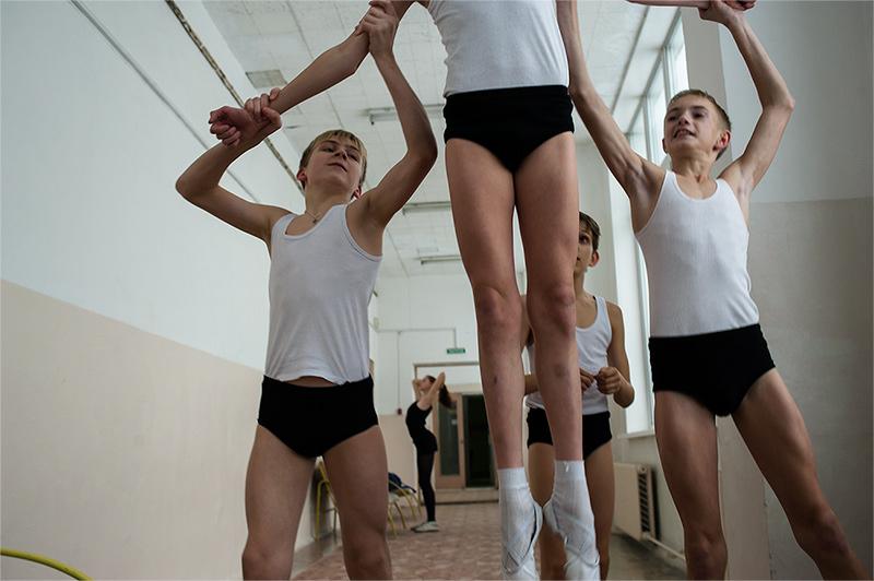 Обнаженные Дети В Балете Видео